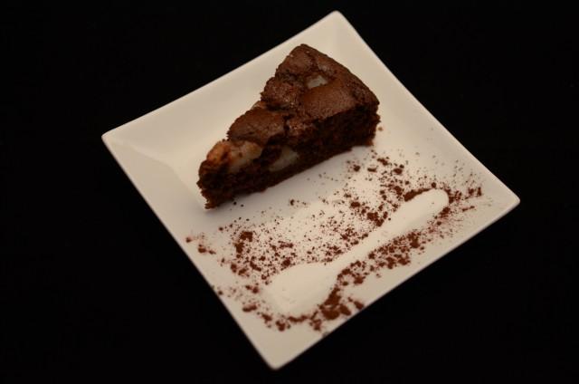 Torta cioccolato rum e pera